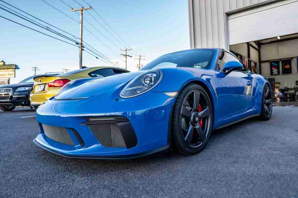 With ceramic coatings your vehicle is protected against dirt and road hazards